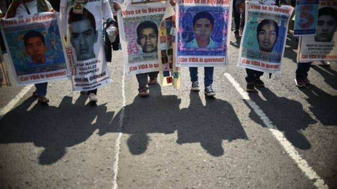 Em setembro de 2019, manifestações no México lembraram os cinco anos do Massacre de Iguala (Rodrigo Arangua/AFP)