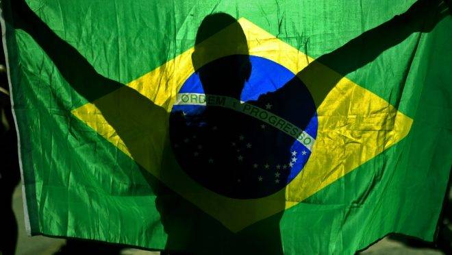 Brasil vive sob a sombra de perder investimentos internacionais por causa de queimadas e do desmatamento na Amazônia
