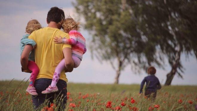 O impacto do amor e da liderança do pai na vida de um filho ou a falta dessas características, é capaz de deixar marcas expressivas