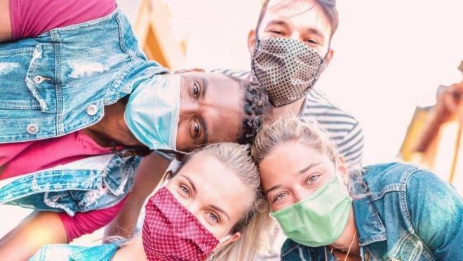 A ideia de ampliar a rede de contatos durante a pandemia foi adotada em alguns países, mas pode não ser uma medida acertada para o Brasil nesse momento.
