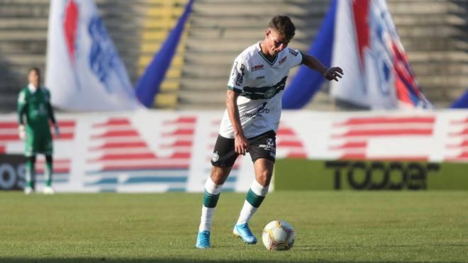 Natanael foi titular no jogo de ida das quartas de final contra o Paraná