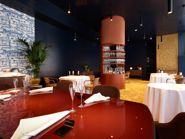 O Bu:r, do ítalo-holandês Eugenio Boer, tem apenas 7 mesas e capacidade para 20 pessoas