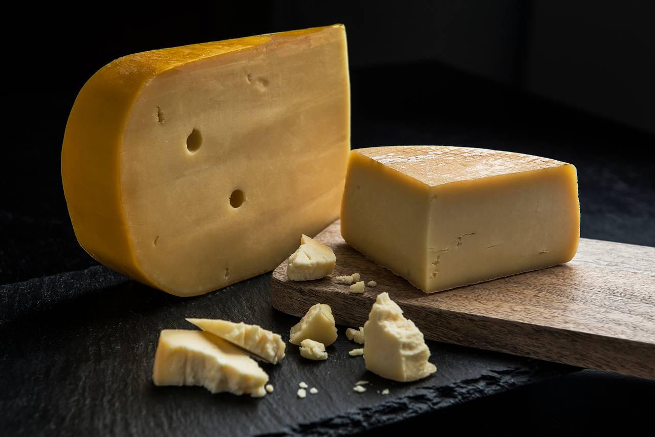 O processo de produção, fermentação e maturação define o estilo do queijo. Foto: Letícia Akemi