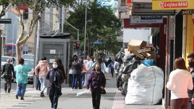 Curitiba pode ter alcançado o platô de casos da Covid-19
