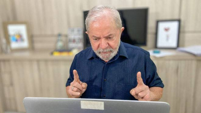 Lula diz que Bolsonaro deve se preocupar com candidatura de Moro em 2022