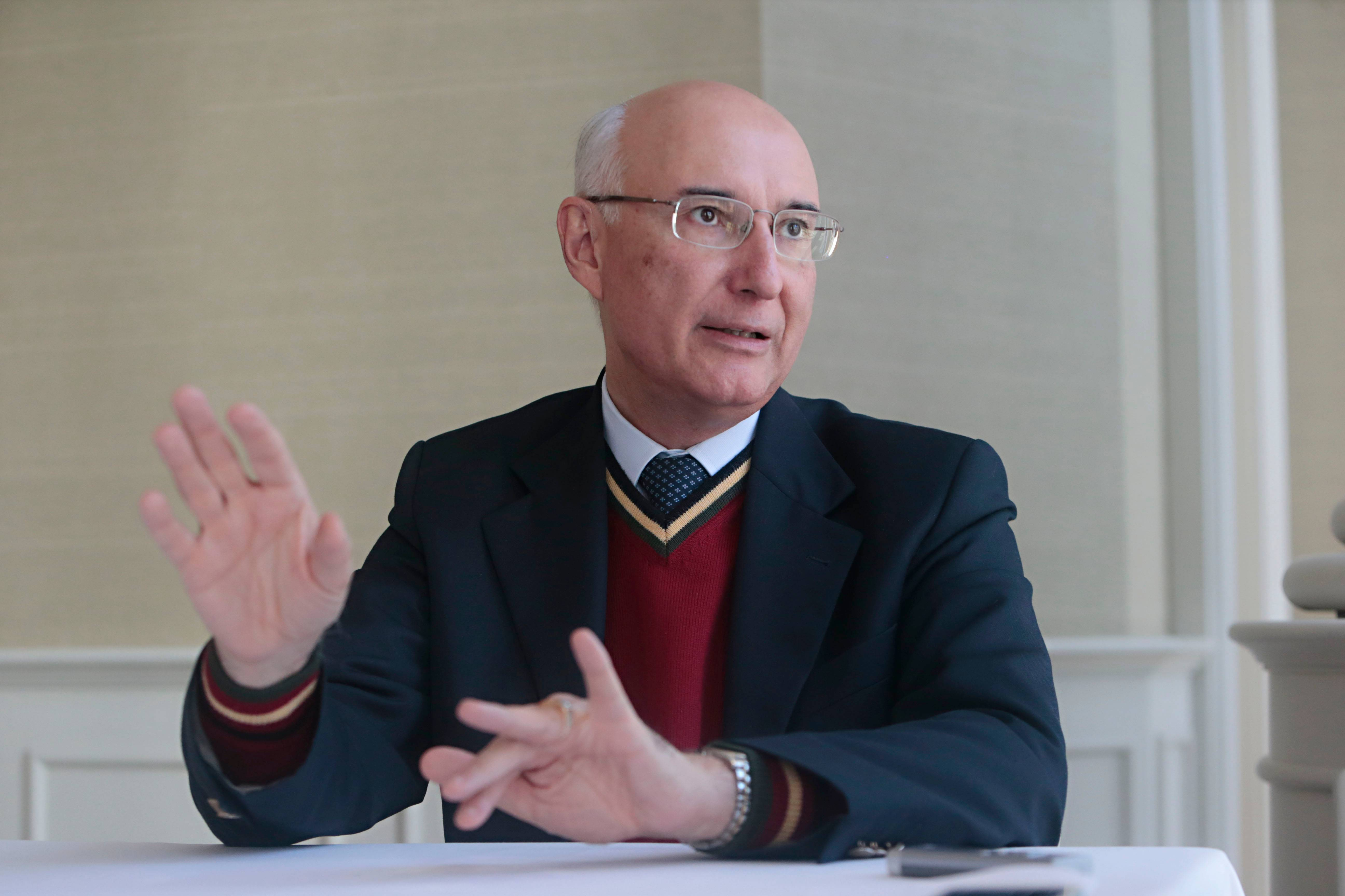 Ministro do Tribunal Superior do Trabalho Ives Gandra Martins Filho é considerado forte candidato por sua formação e capacidade.
