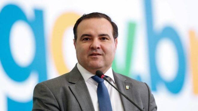 Jorge Oliveira deixa o governo após ter indicação aprovada para o TCU