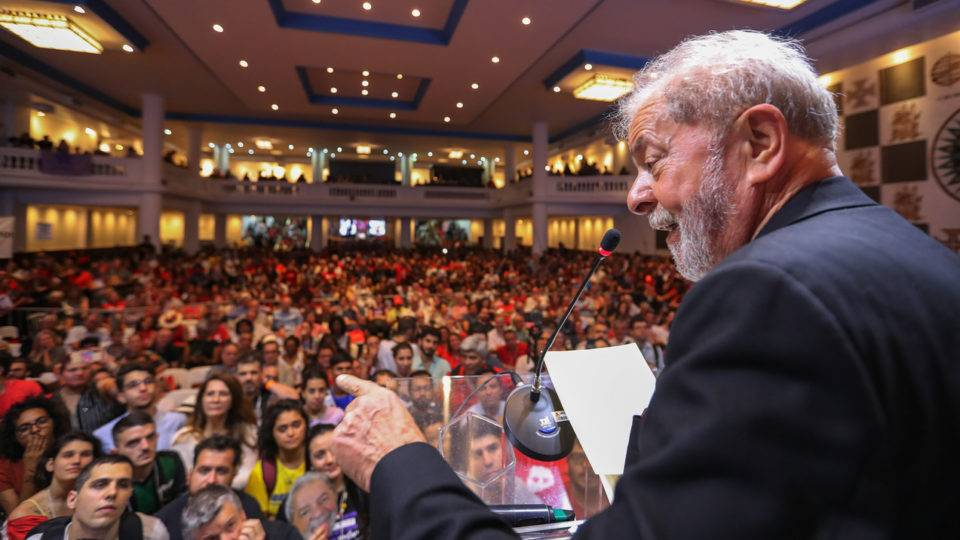 Decisão do STF atrasa processo contra Lula que estava pronto para sentença em Curitiba
