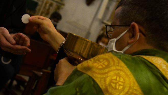 Igrejas voltam a celebrar missas com presença de fieis no Rio de Janeiro. Na foto, a Igreja Matriz de Nossa Senhora da Glória, no Largo do Machado.
