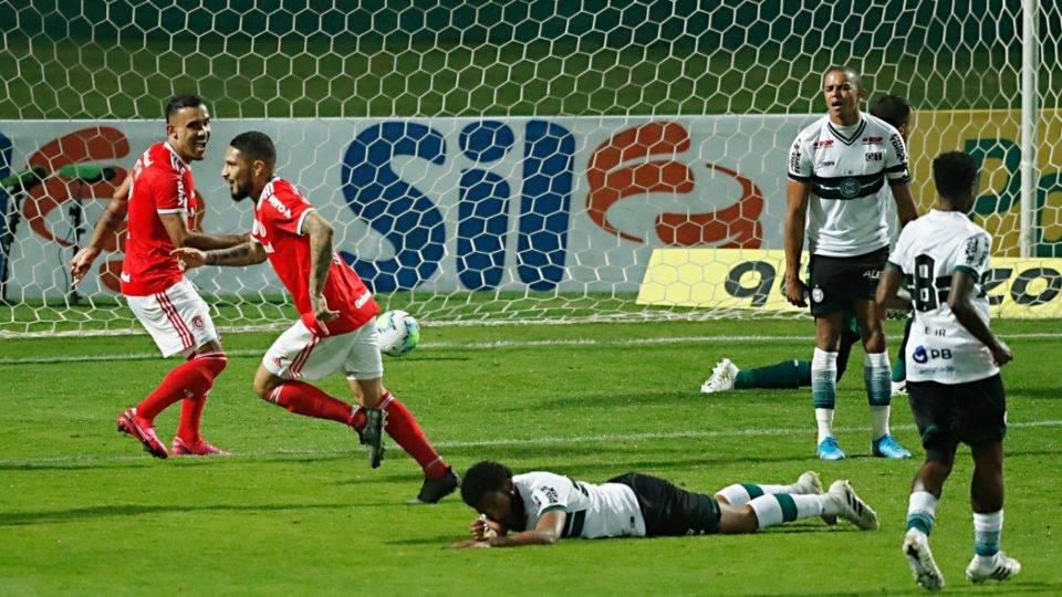 Coritiba perde para o Internacional no Couto no retorno para a Série A