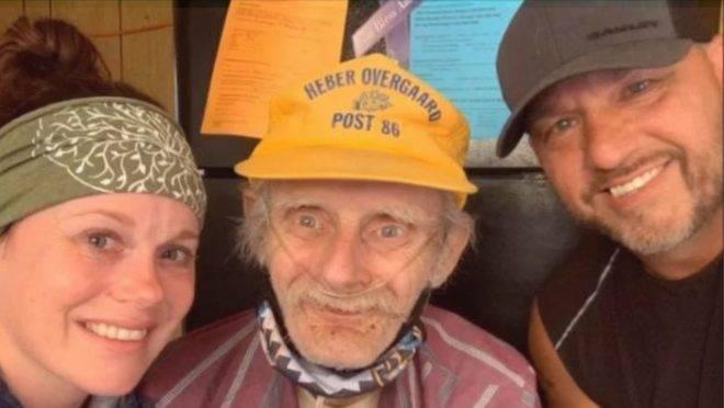 O norte-americano Dennis Milentz, de 80 anos, estava tentando chegar á casa do filho que não via há 18 anos, e no trajeto se perdeu