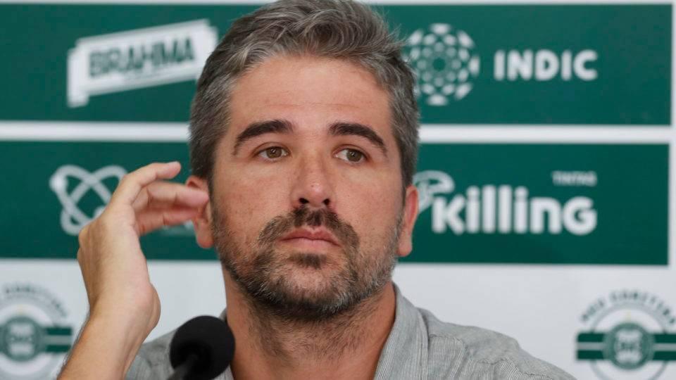 Pastana garante Barroca e diz que Coritiba briga por Sul-Americana