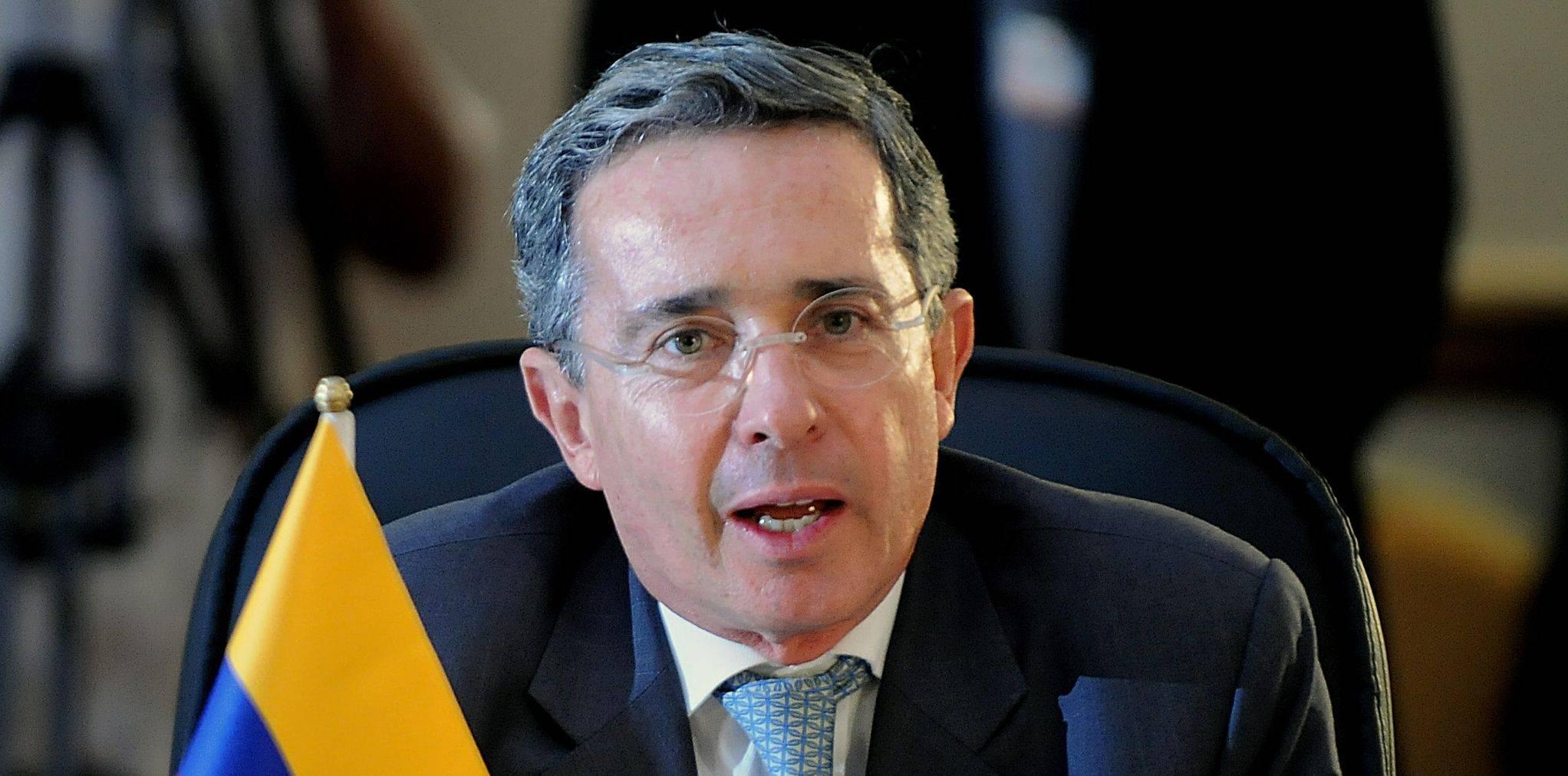 Uribe foi o primeiro ex-presidente preso na Colômbia.