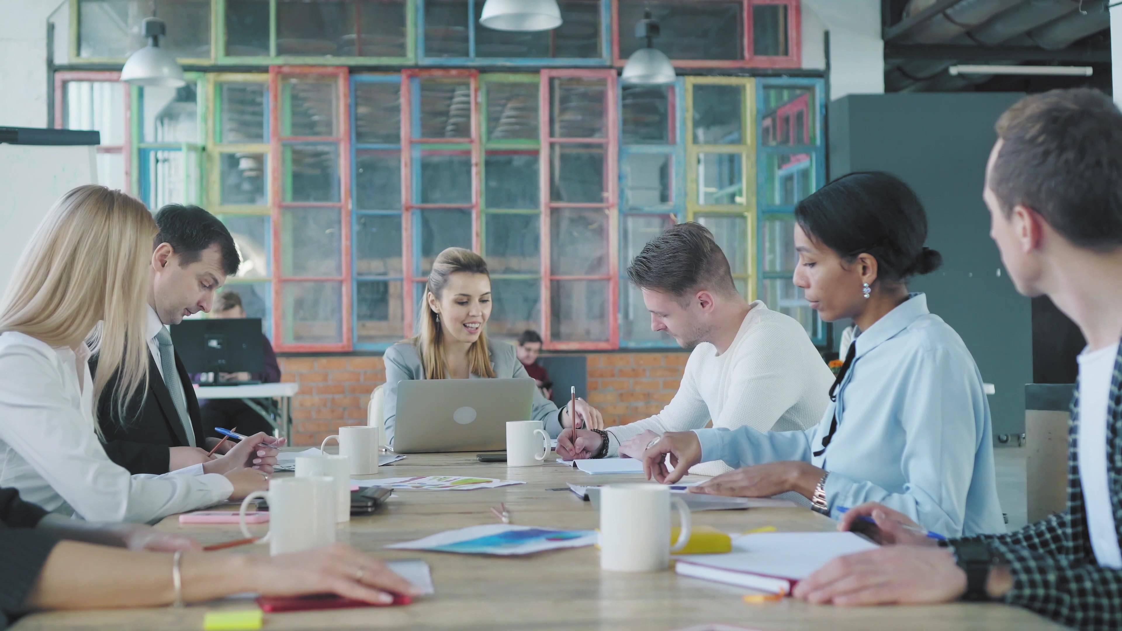 Close to home office e squad office são algumas das tendências para os escritórios no pós-pandemia. Foto: Bigstock