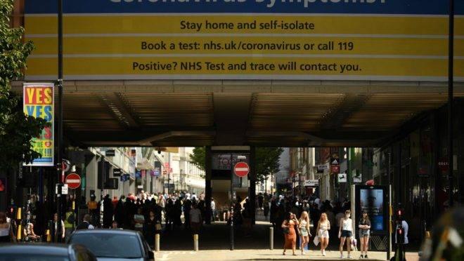 Para Reino Unido, riscos da retomada de aulas apesar da pandemia do coronavírus são pequenos