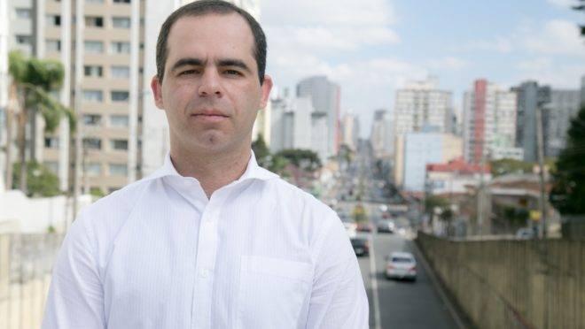 Professor Cassiano Ferreira Novo, mestre em Psicologia do Trânsito pela UFPR ministrará o módulo especial sobre mobilidade urbana.