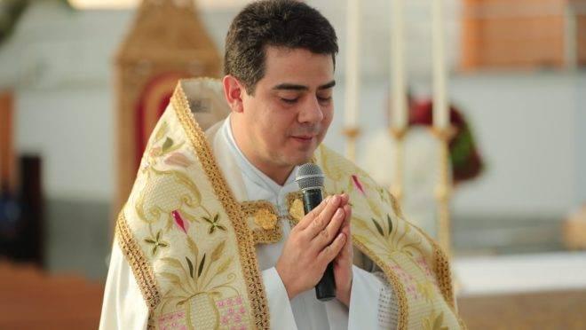 Padre Robson: entenda acusação contra reitor do Divino Pai Eterno