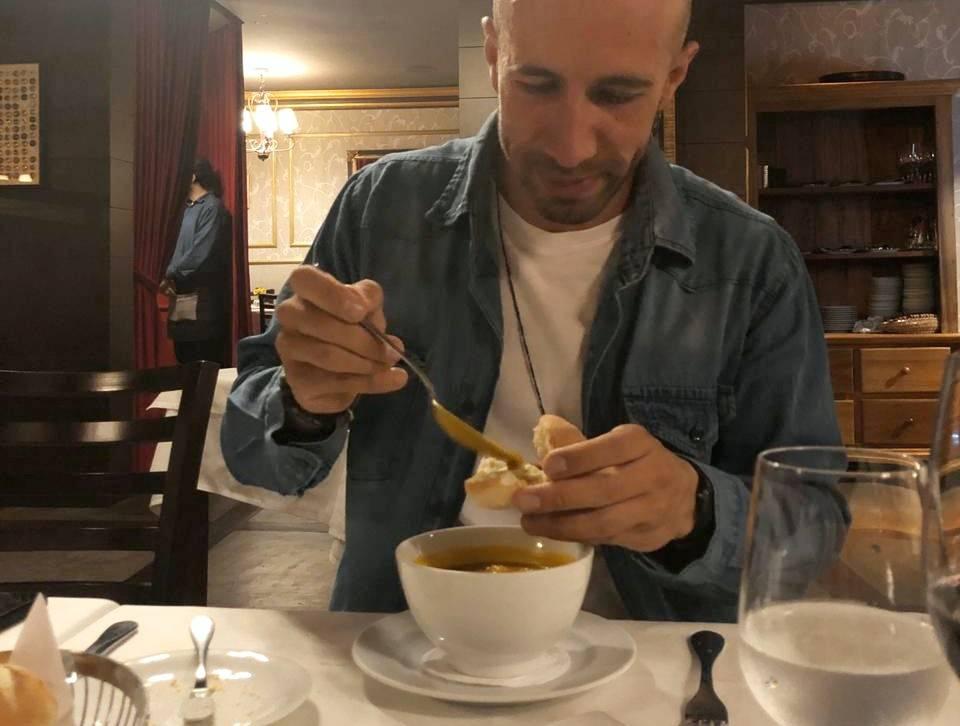 Alex gostou tanto do Restaurate Durski que já voltou ao local. Foto: Arquivo Pessoal