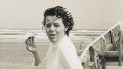 Charlotte Perriand no Japão em 1954. Foto: Wikimedia Commons/Reprodução