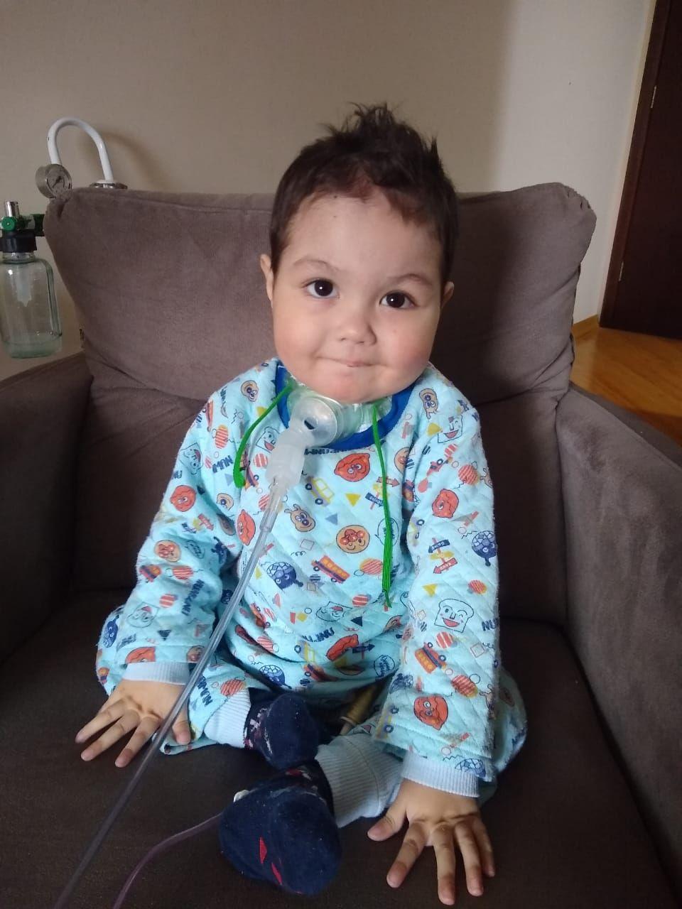 """Heitor, de 3 anos, o primeiro filho de Kelly a manifestar a """"síndrome da bolha"""". Foto: Arquivo pessoal"""
