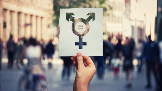 Mudar um idioma realmente faria diferença na vida de pessoas com gêneros diversos que sofrem com a intolerância?