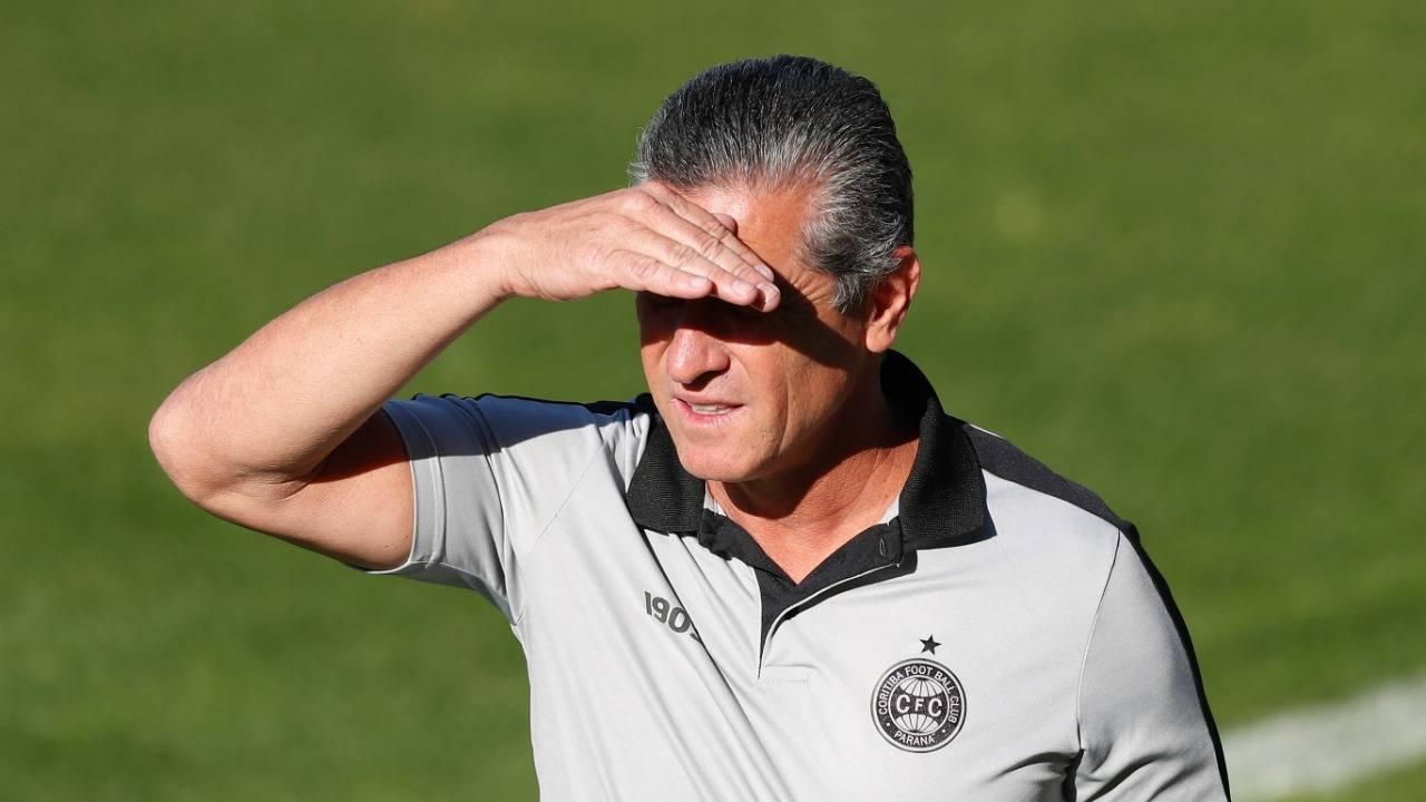 No Coxa, saiu Barroca, entrou Jorginho. No Athletico, Dorival também caiu. Foto: Albari Rosa/Foto Digital/Gazeta do Povo