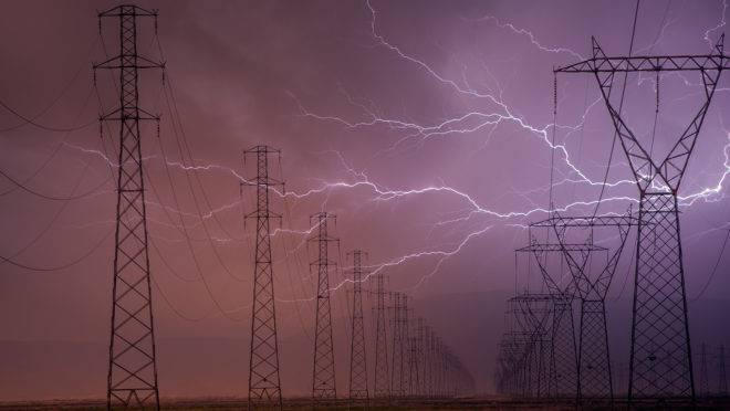 Simepar desenvolve modelo matemático para antecipar riscos de desligamento da energia elétrica