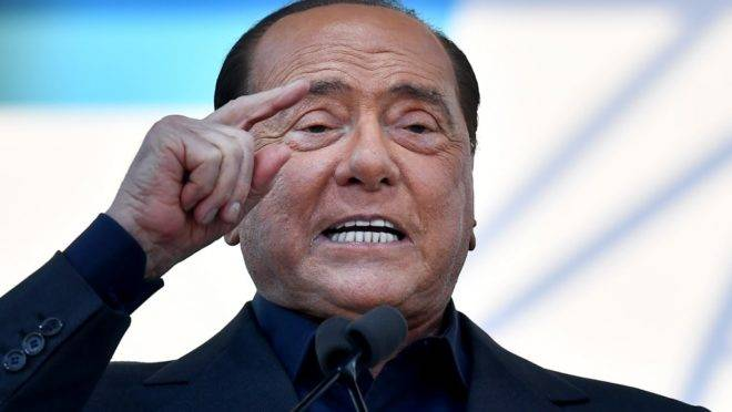 O ex-premiê da Itália, Silvio Berlusconi, em foto de 2019.