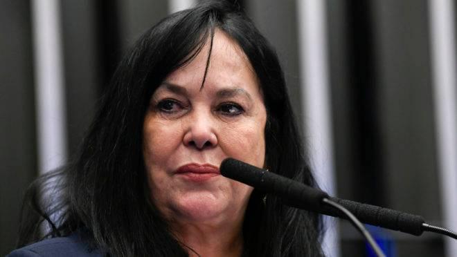 Senadora Rose de Freitas foi afastada pelo Podemos.
