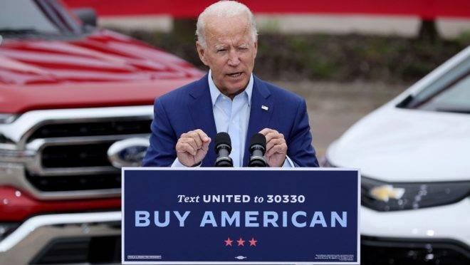 O candidato democrata à presidência dos EUA em 2020, Joe Biden, faz discurso no Michigan.