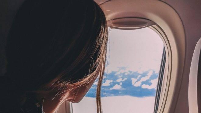 Adaptações de passageiros e de companhias aéreas serão necessárias para reduzir o risco de contaminação durante o voo.