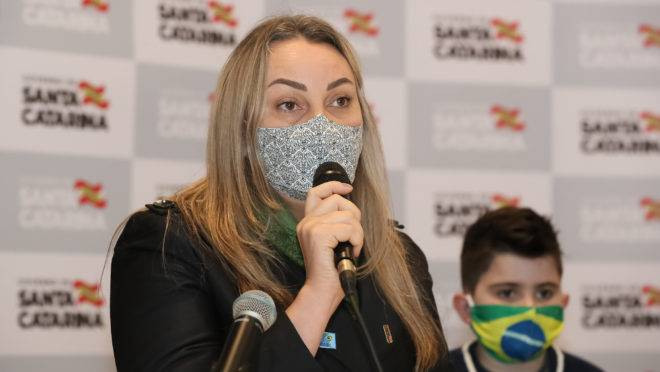 Vice-governadora catarinense Daniela Reinehr é alvo de um processo de impeachment junto com o governador Carlos Moisés.