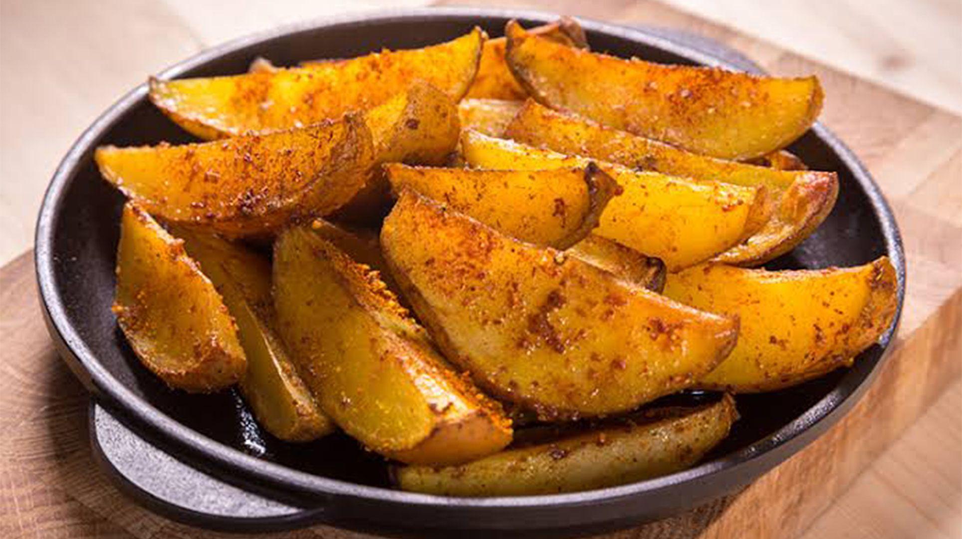 Porção de 500g de batata frita com tempero secreto tbb