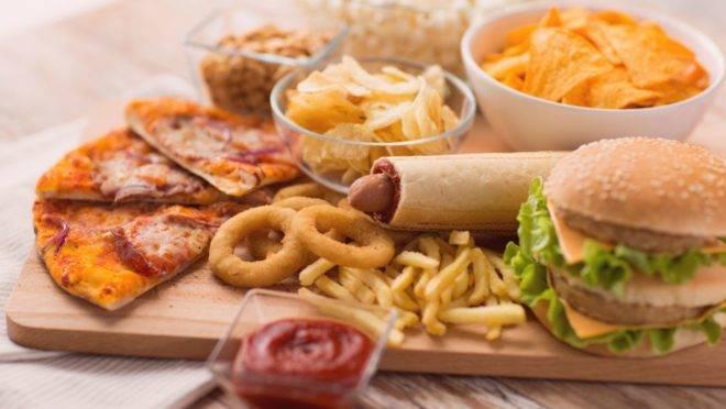 Crítica ao Guia Alimentar Brasileiro de 2014 levantou a discussão sobre o impacto real dos alimentos ultraprocessados à saúde