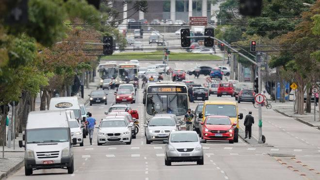 Carteira de habilitação válida por dez anos e novo sistema de pontos por infração são algumas das novidades do novo Código de Trânsito aprovado pelo Congresso.