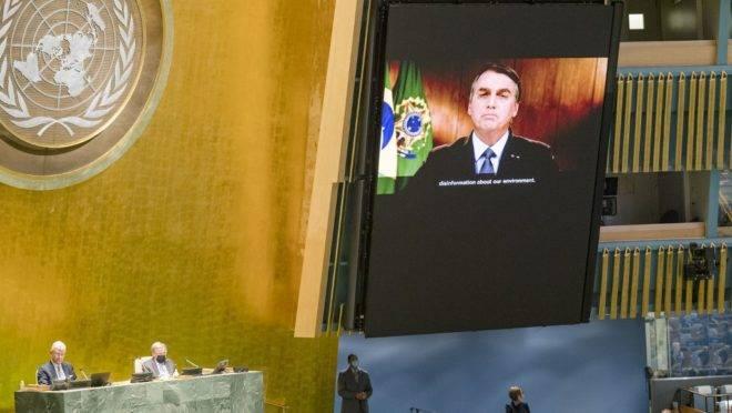 Bolsonaro disse na ONU que o Brasil é vítima de uma campanha internacional de desinformação sobre a Amazônia.