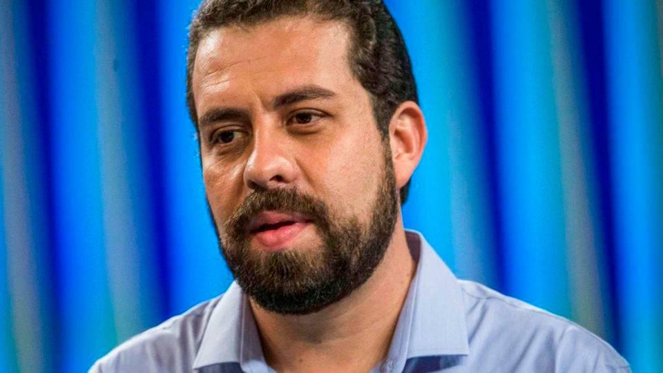 Boulos aciona Justiça por falsa conta de WhatsApp que pede dinheiro em seu nome