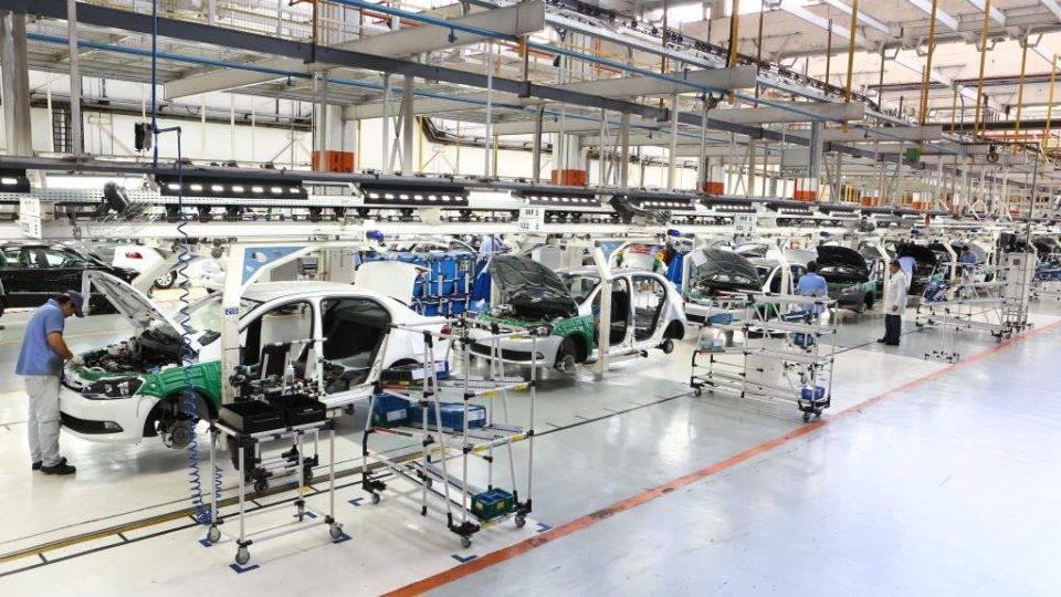 Demora na entrega de carros novos atrapalha retomada de locadoras de veículos