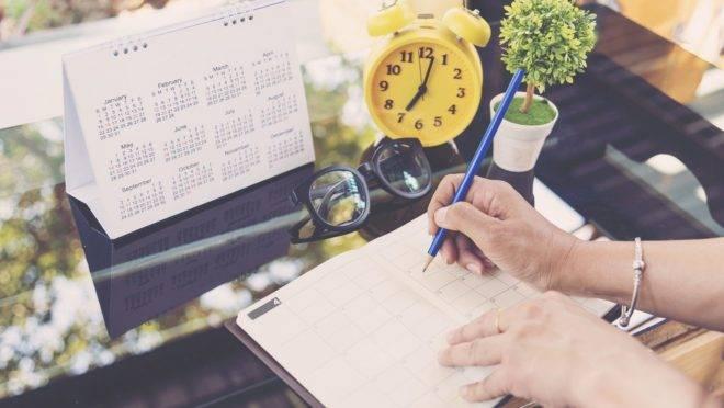 Manter em ordem o ambiente em que se vive e deixar as tarefas em dia faz parte da manutenção da saúde mental
