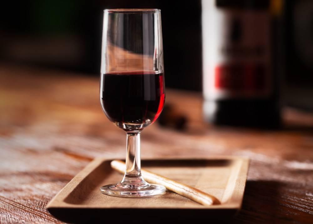 Vinho do Porto é um clássico vinho de sobremesa. Foto: Big Stock