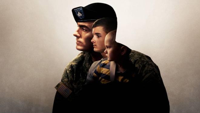 """""""Pai, Filho, Pátria"""" conta a história de Brian Eisch, um militar divorciado que tem a guarda dos dois filhos (de 7 e 12 anos)."""