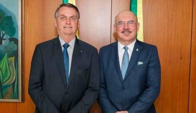 Presidente Jair Bolsonaro e o ministro da Educação Milton Ribeiro