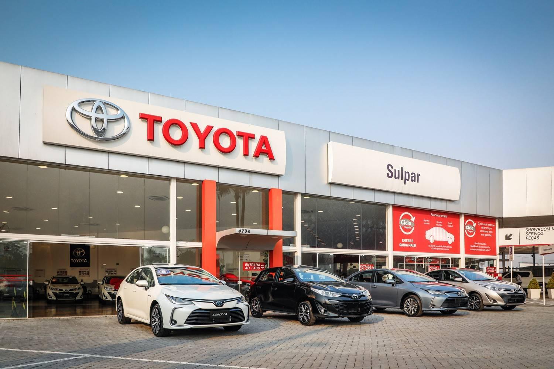 Fachada da Toyota Sulpar, em Curitiba