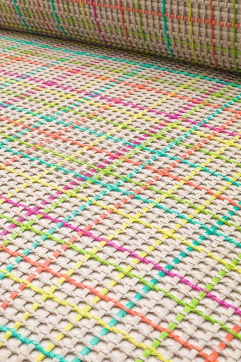 Tramas manuais em fibras naturais e sintéticas da marca. Fotos: Paola Lenti/Divulgação