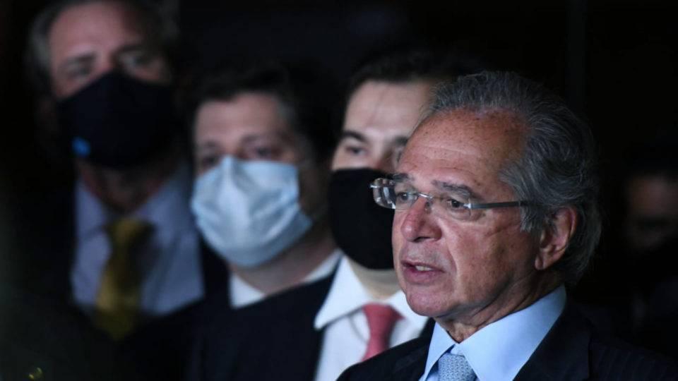 Guedes defende desoneração da folha e critica interdição do debate na Câmara