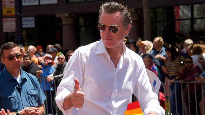 O governador da Califórnia, Gavin Newsom