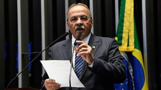 Senador Chico Rodrigues (DEM) foi alvo de operação contra desvios de recursos na saúde em Roraima.