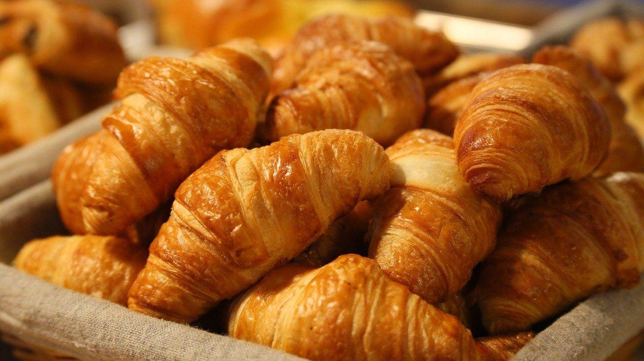 O croissant é um pão marcado por suas camadas. Foto: Pexels/Pixabay