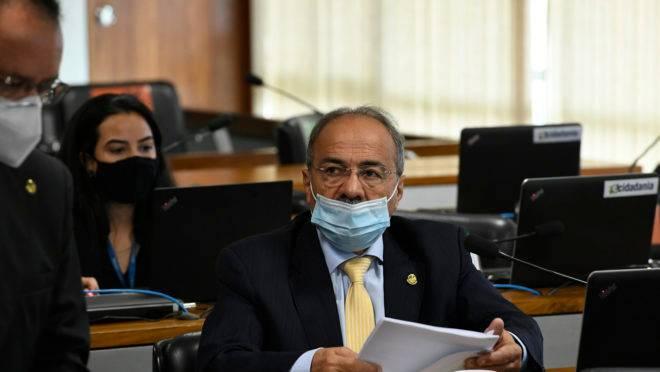 Senador Chico Rodrigues foi alvo de busca e apreensão da Polícia federal nesta quarta-feira (14).