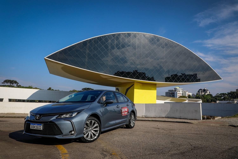 Toyota Corolla XEI test drive Curitiba